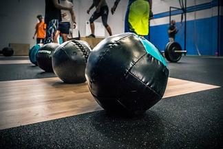 トレーニングに必要な要素。強度・量・頻度...